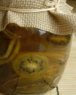 1 чайная ложка варенья равна суточной потребности в витамине С