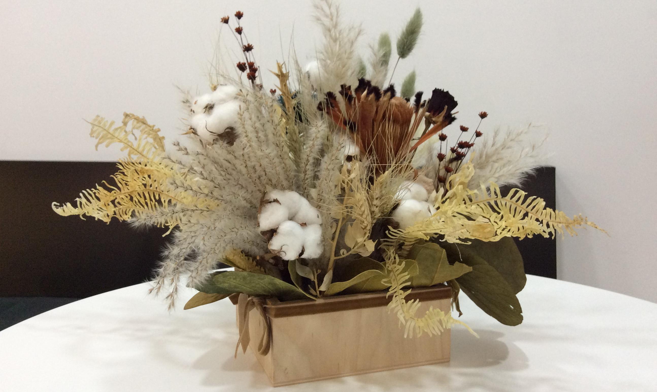 Картинки по запросу композиции из сухих цветов и растений